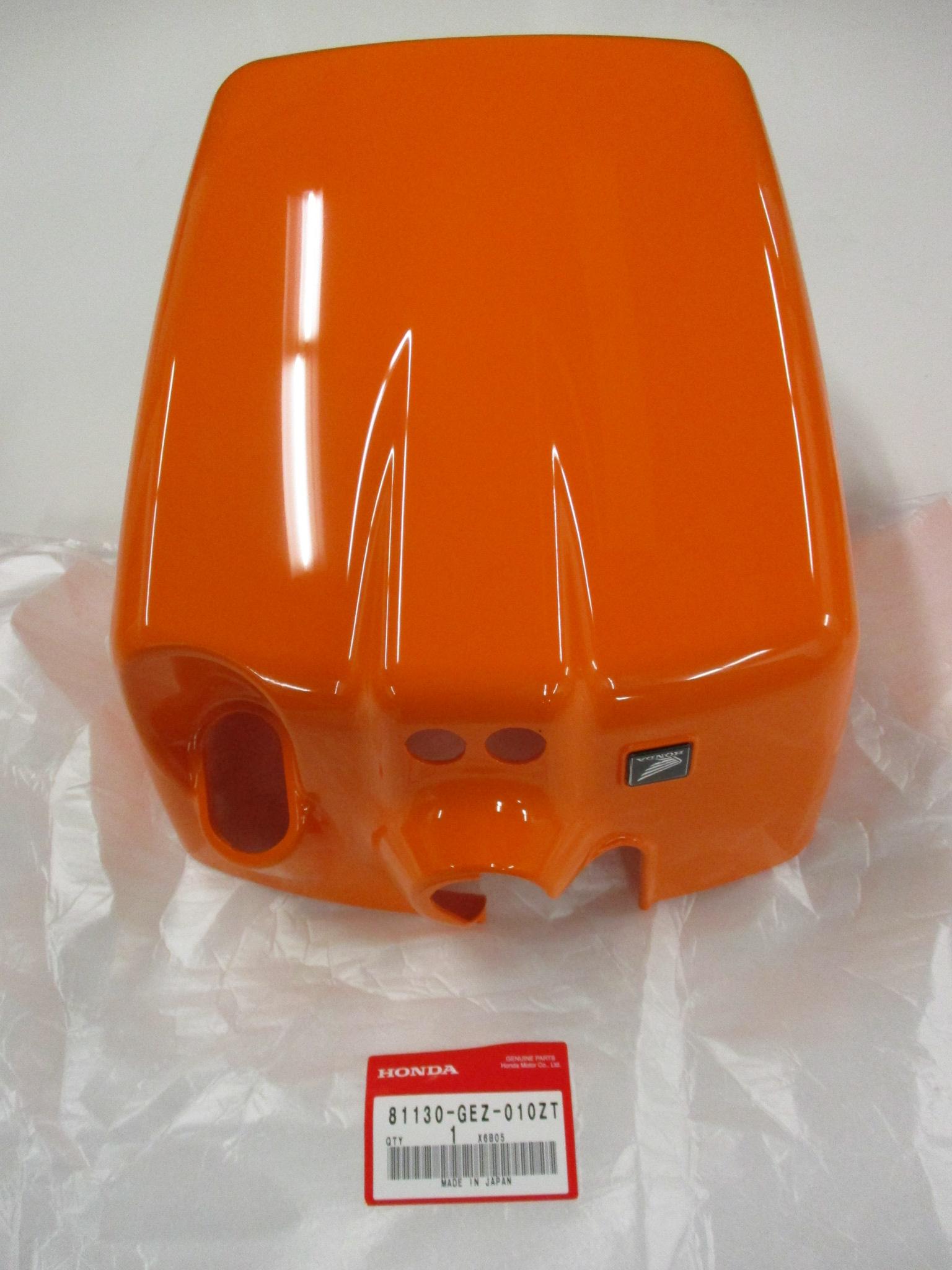 HONDA NPS50 RUCKUS BATTERY PLASTIC ORANGE 64300-GGA-650ZC 81130-GEZ-010ZT